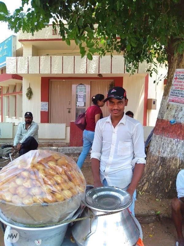 A boy selling Pani Puris or Gol Gappas near Ranganathaswamy Temple Srirangapatna