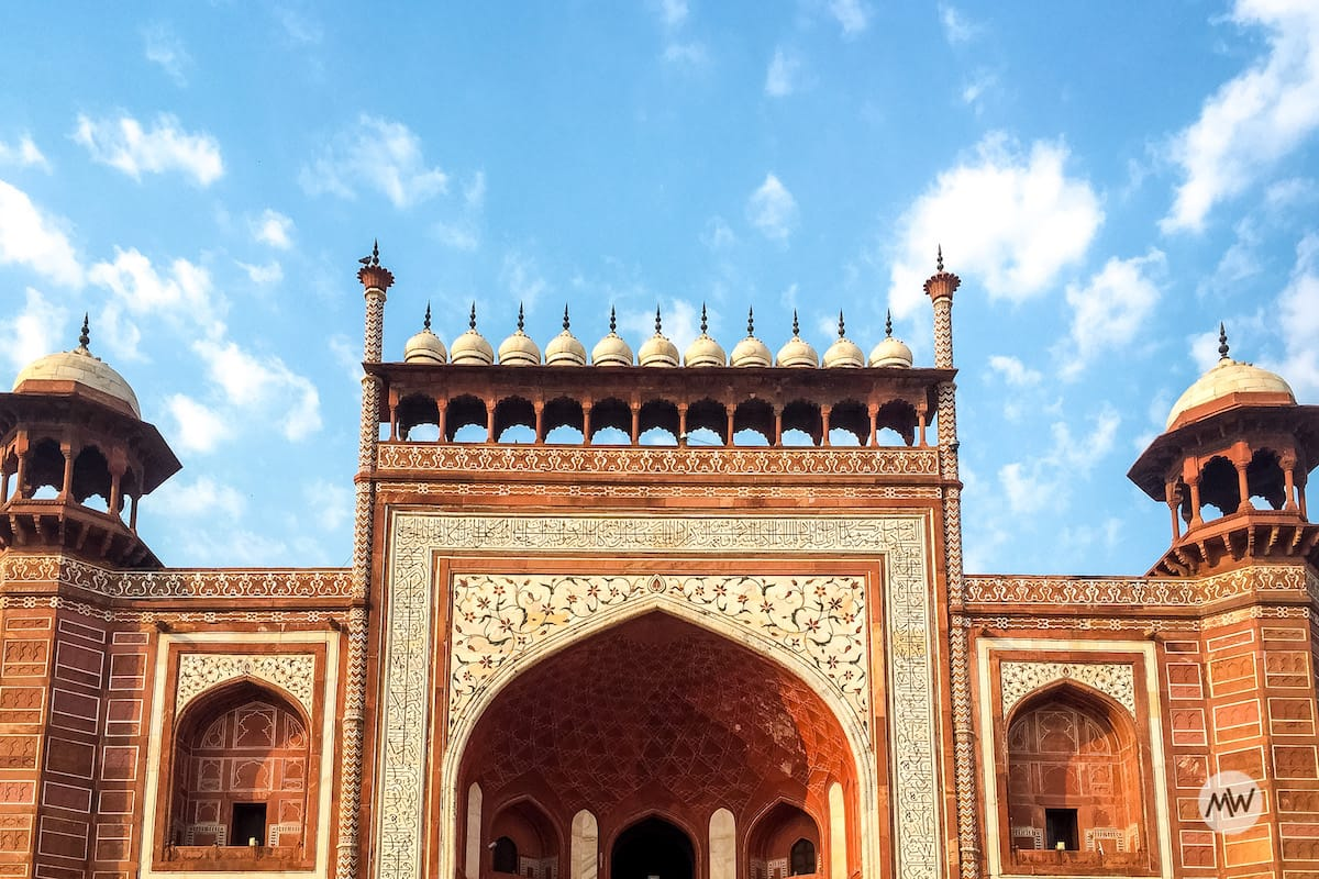 the great gate or darwaza-i-rauza at the taj mahal virtual tour