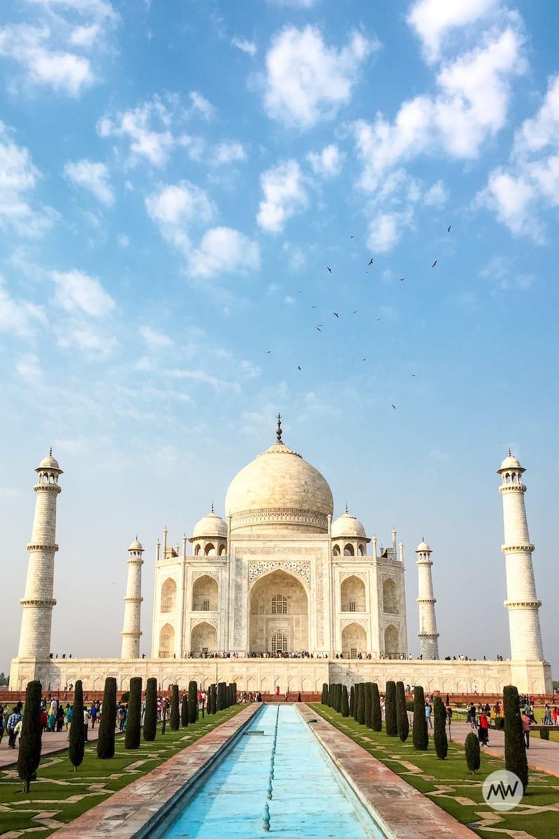Taj Mahal clear front view - virtual tour of the Taj