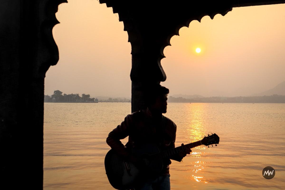 Sunset at Fateh Sagar - Udaipur Places To Visit