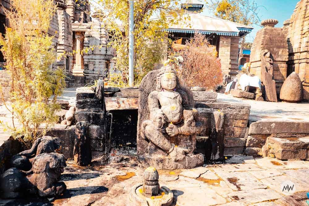 Sculptures at Baijnath Temple