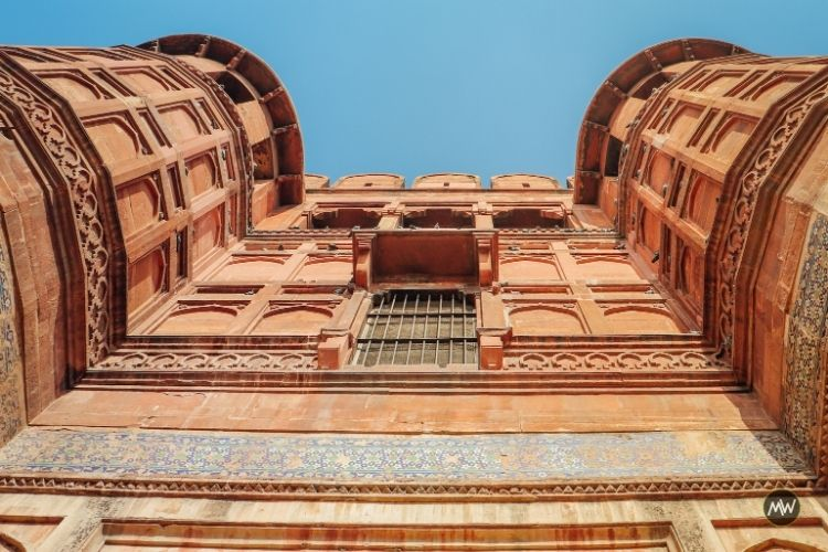 Inside Agra Fort: Your Detailed Guide To Explore