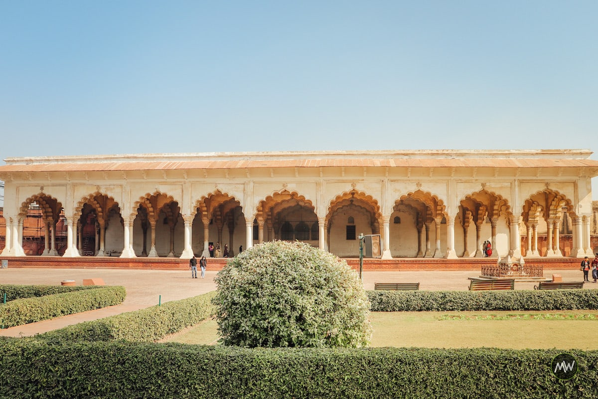 Inside Agra Fort: Your Detailed Guide To Explore 1